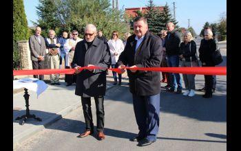 Droga w Longinówce oficjanie otwarta po kompleksowej przebudowie