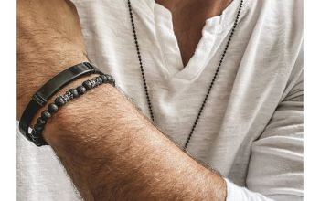 Bransoletki męskie z grawerem – biżuteria, która podkreśli indywidualny styl