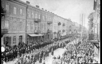 Szacowna jubilatka – ulica Słowackiego