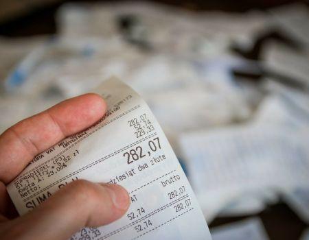 Ile pieniędzy z podatków mają gminy w powiecie piotrkowskim?