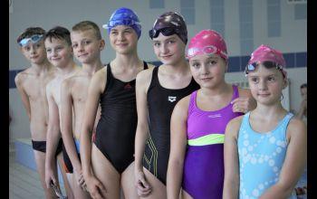 Delfinki walczyły o medale w Radomiu i Łodzi