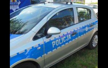 Pijany mężczyzna uderzył w słup w Woli Krzysztoporskiej