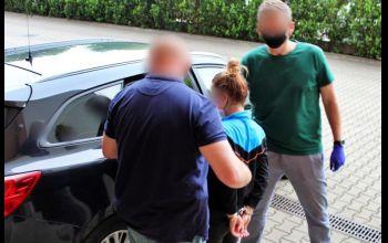 18-latka groziła nożem przypadkowo spotkanej kobiecie