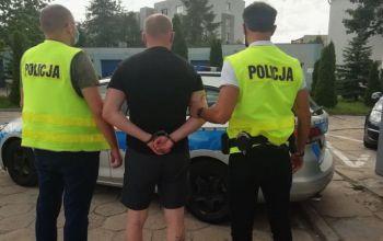 Pędził fordem wprost na policjanta, był pijany