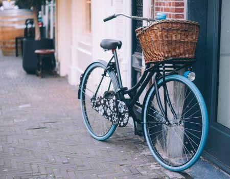 Ukradł pozostawiony przed sklepem rower