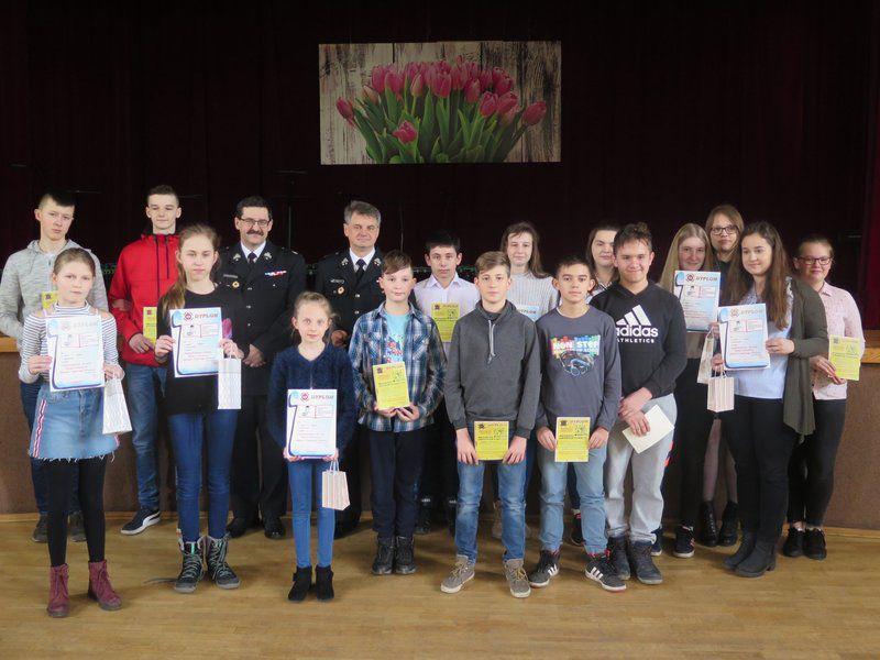 Młodzież z Moszczenicy