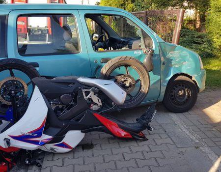 Zderzenie w Gorzkowicach. 88-letni kierowca wymusił pierwszeństwo