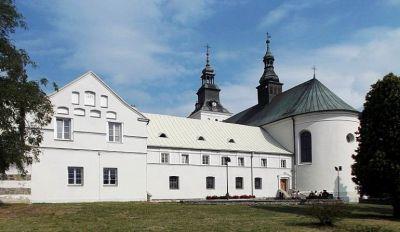 Kradzież w klasztorze Bernardynów. 37-latek zabrał dzieciom konsolę do gier