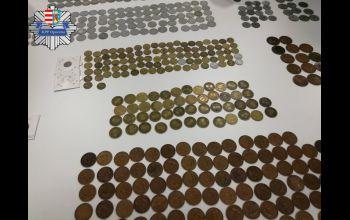 Oferował do sprzedaży fałszywe monety kolekcjonerskie