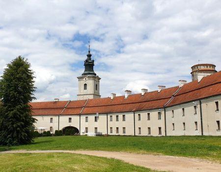 Odkrywamy znane i nieznane - Mury obronne na Podklasztorzu