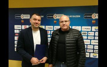 Umowa z Bartoszem Jureckim podpisana
