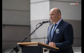 Prezydent Tomaszowa zakażony koronawirusem