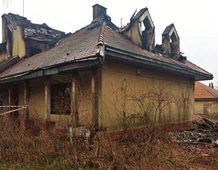 Budynek mieszkalny spłonął w Moszczenicy