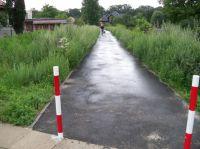 Piotrków: Czy to chodnik, czy ścieżka?