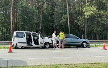 Cztery samochody zderzyły się na drodze S8 w kierunku Warszawy