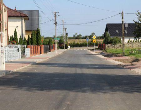 Nowa droga w Longinówce