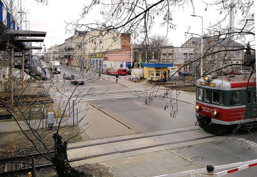 Do porozumienia w sprawie tunelu w Piotrkowie daleko