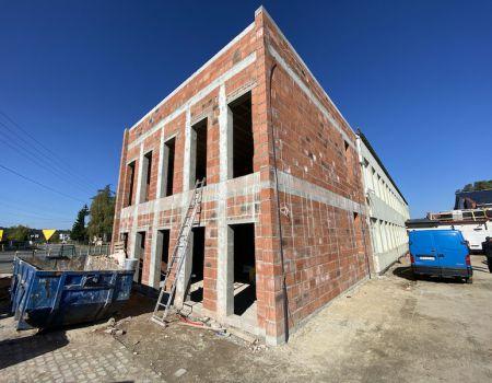 Trwa przebudowa szkoły w Goleszach Dużych