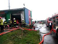 Pożar spalarni odpadów w Bełchatowie. Dwie osoby ranne