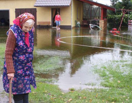 W gminach zalało posesje