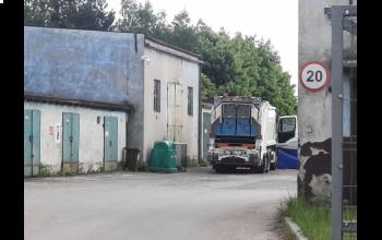 Radomsko: 63-letni mężczyzna zginął pod kołami śmieciarki