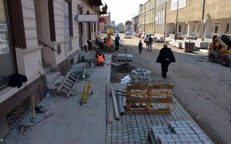Ul. Sienkiewicza czeka na nowy asfalt