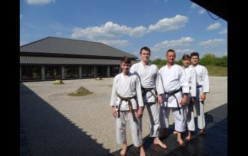 Kolejni piotrkowscy karatecy z czarnymi pasami