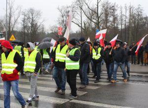 DK 12 w Przygłowie zablokowana. Rolnicy protestują