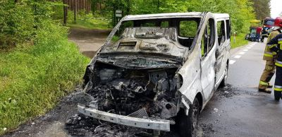Pożar busa w gminie Moszczenica