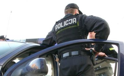 Z 3 promilami prowadził walec. Mieszkańcowi Sulejowa grozi do 2 lat więzienia