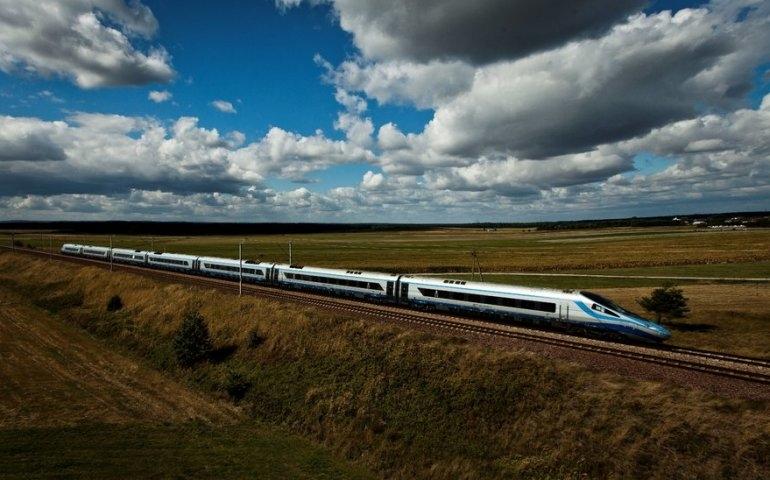 Podróż poza godzinami szczytu szansą na tańszy bilet na pociąg
