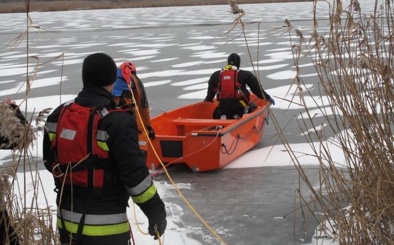 Zimowe ćwiczenia strażaków