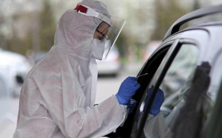 Rzecznik MZ: problemu z testami na koronawirusa nie ma