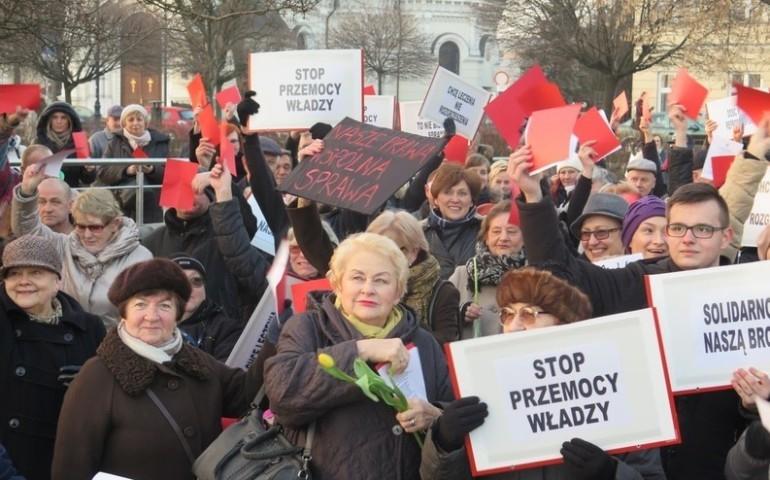 Międzynarodowy Strajk Kobiet, Piotrków 2017