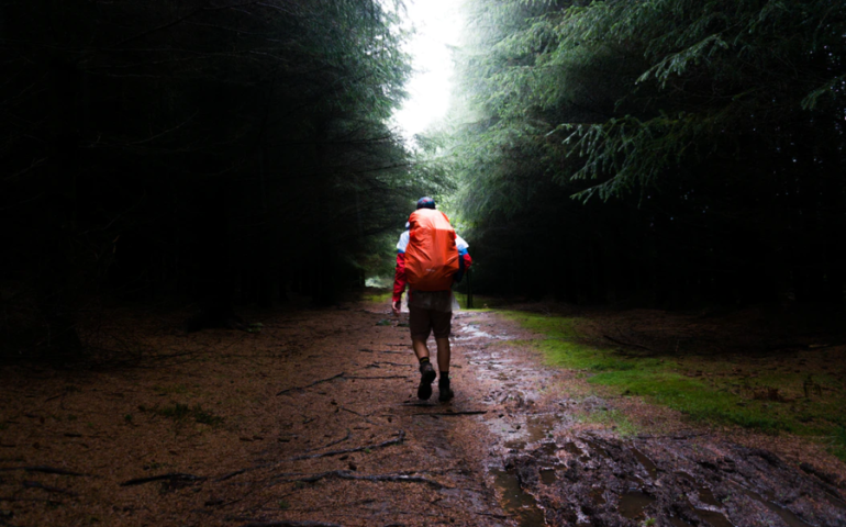 Jak przygotować się na pieszą wędrówkę w górach?