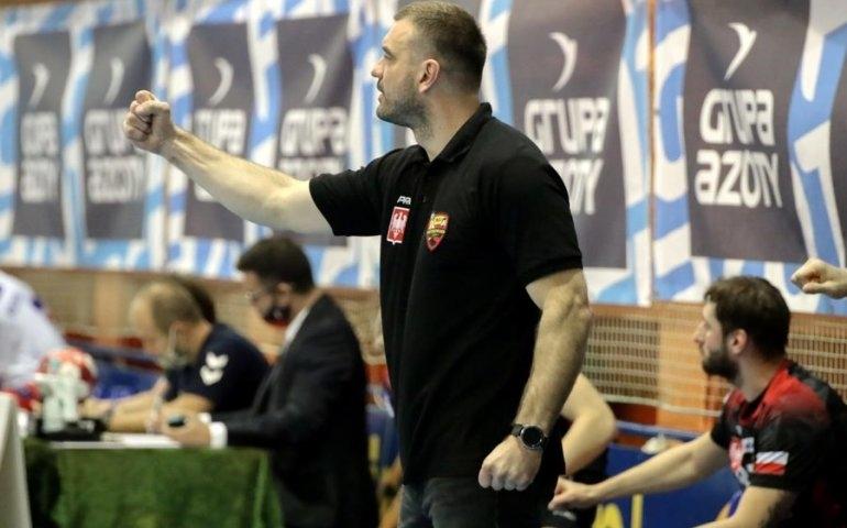trener Piotrkowianina, Bartosz Jurecki | fot. piotrkowianin.pl
