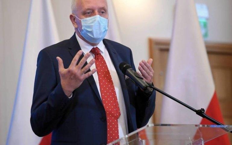 Dr Sutkowski: jesteśmy na rozbiegu trzeciej fali koronawirusa w Polsce