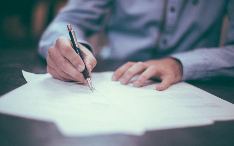 Faktoring – 4 wskazówki, jak zachować płynność finansową w firmie