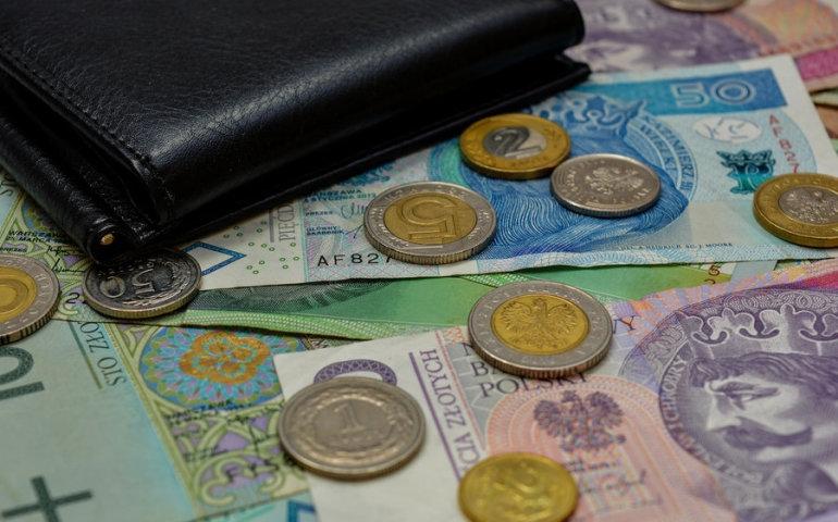 Pożyczka ratalna – kiedy opłaca się bardziej od chwilówki?