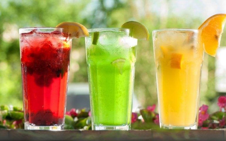 Drinki bezalkoholowe - pyszny napój dla każdego!