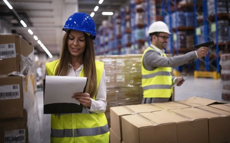 Praca w logistyce? 10-ciomiesięczny kurs, aby zdobyć pracę w dynamicznie rozwijającej się branży