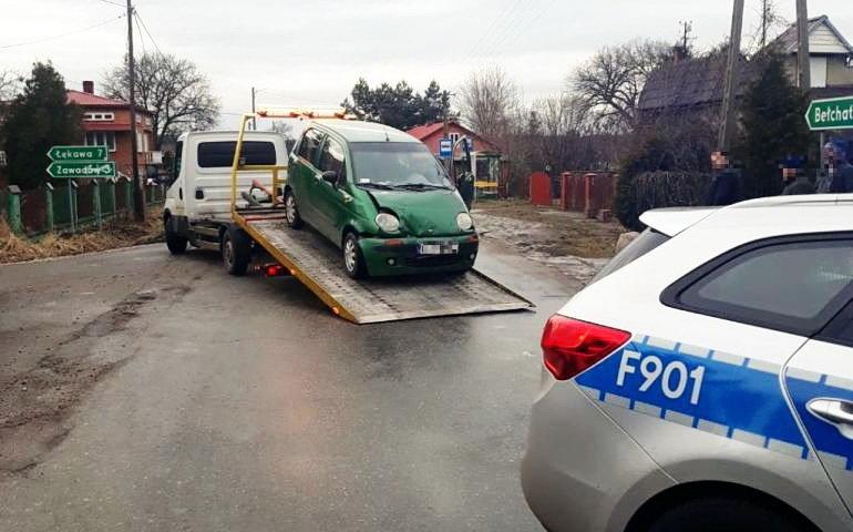 72-letni kierowca staranował ogrodzenie. Dalszą jazdę uniemożliwił mu świadek zdarzenia